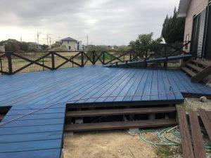 一戸建てウッドデッキの塗装をしました。福岡県朝倉市